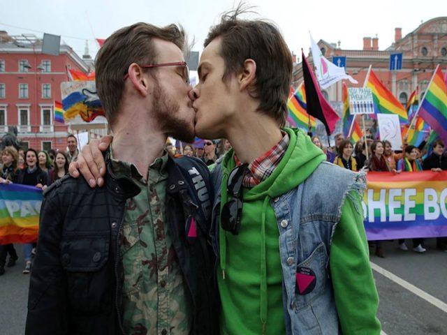 Una ley feroz, represión y prejuicios históricos: cómo es ser gay en la Rusia de Putin